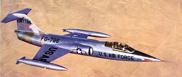 "F-104 - ohje, <a href=""http://de.wikipedia.org/wiki/Starfighter-Aff%C3%A4re"">Franz Josef und so ...</a> (via <a href=""http://commons.wikimedia.org/wiki/File:Lockheed_XF-104_(SN_53-7786)_in_flight_060928-F-1234S-003.jpg"">commons.wikimedia.org</a>)"