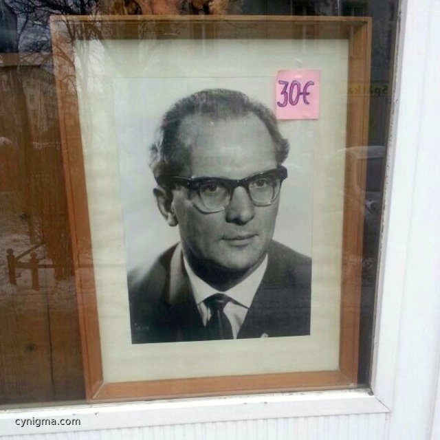 genosse-honecker-fuer-30-euro