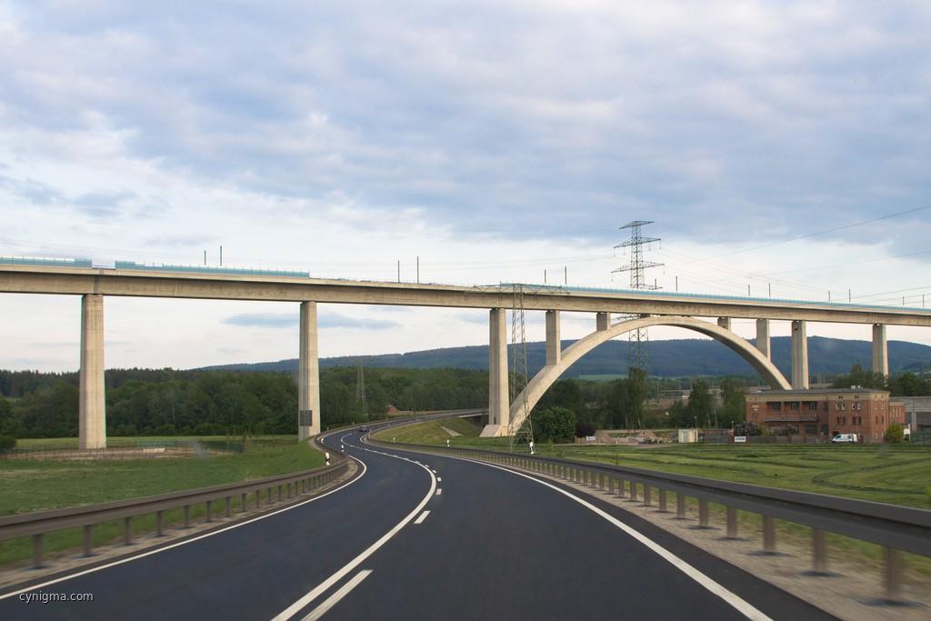 Neue Strasse, neue Brittsch - Thüringen kommt.