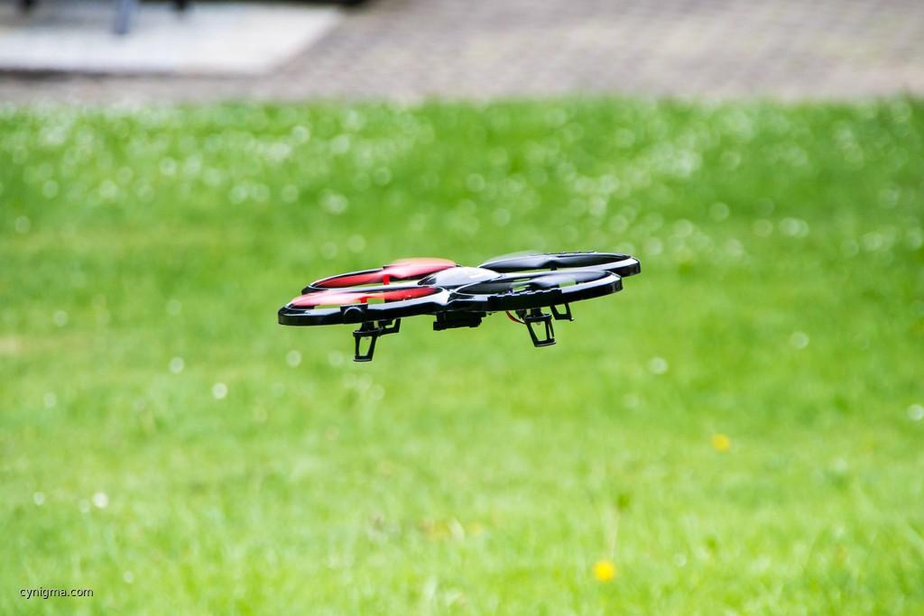 Wir haben zufällig diese NSA-Drohne beobachtet.