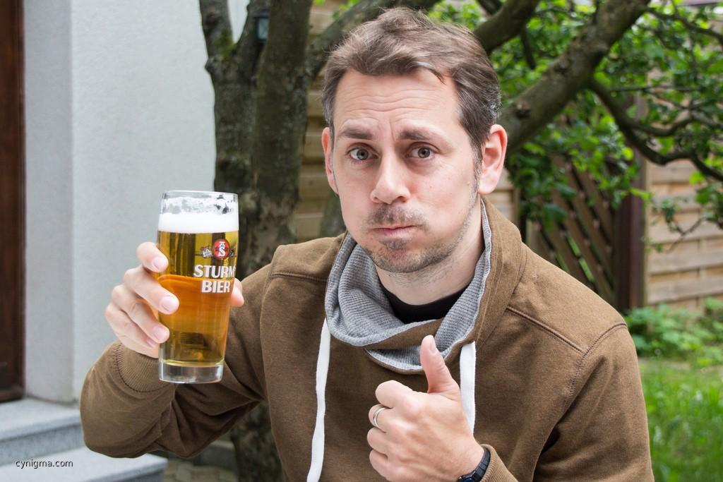 Ja, ich trinke Bier.